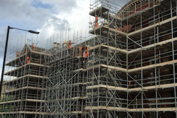 Full external scaffold for Sheffield University's Mappin Building